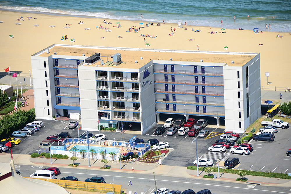 schooner inn exterior oceanfront hotel