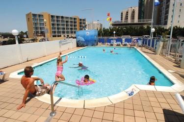 schooner inn outdoor pool