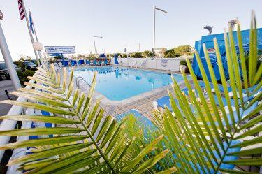 schooner inn pool